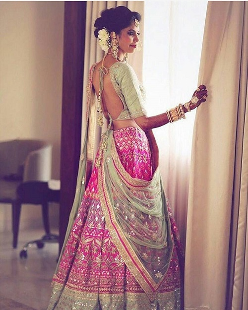 2 colour combinations for your sangeet outfit