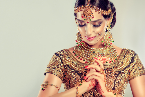 6 what not to do while wearing a lehenga