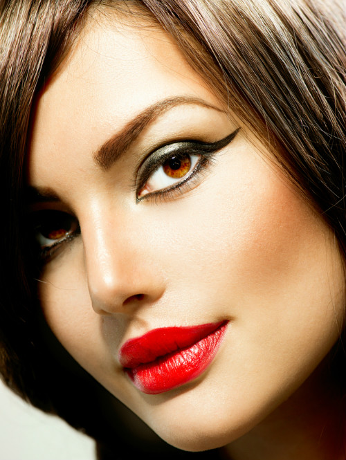 best eyeliner styles for your face shape 5