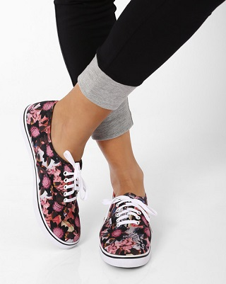 7 printed sneakers for college girls