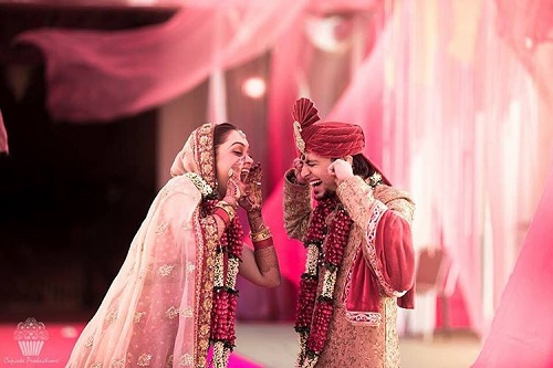 9 wedding couple pictures