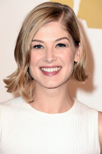 19-haircut-for-women-asymmetric-bob-square-face