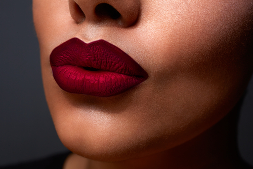 7 makeup tips - bold red pout