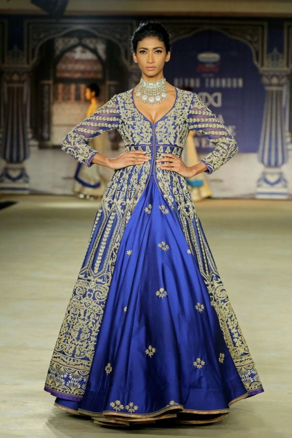 7-designer outfits-royal blue lehenga
