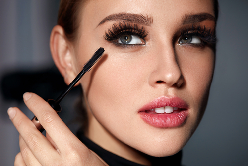 5 mascara hacks - mix it up