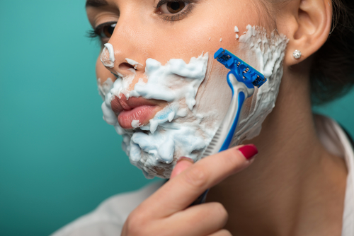Internal shaving your face - girl shaving
