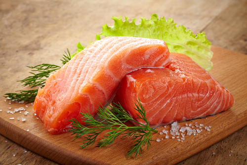 4 foods to make you look forever young - salmon