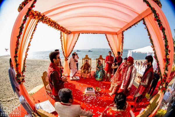 14 quirky beach wedding