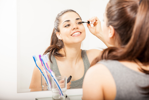 3 mascara application tricks toothbrush hacks