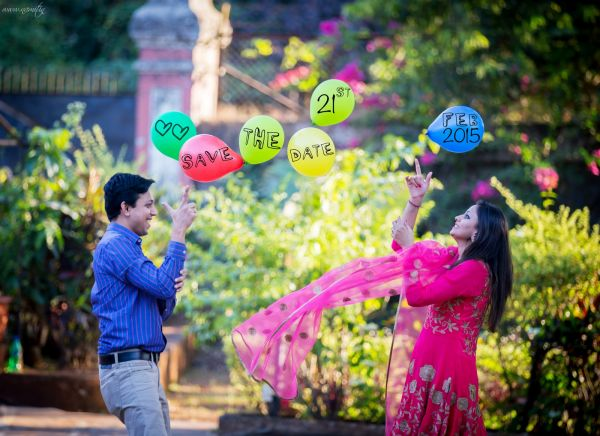1 save the date balloons
