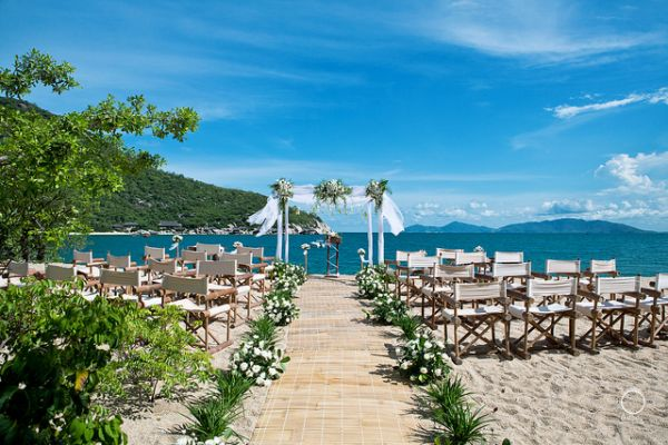 4 six senses hotels for destination weddings