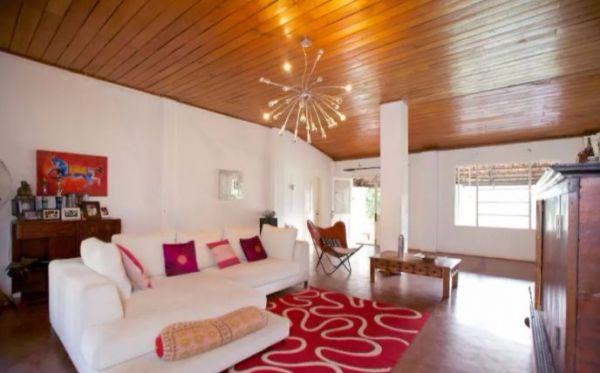 8 new year airbnbs