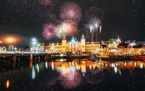 7 new year places