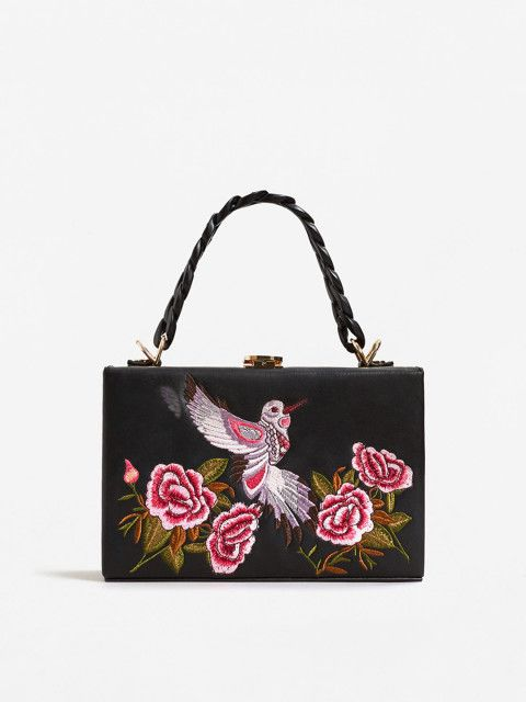 4 types of bags  statement bags  handbags  bags  bag  clutch