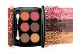 Eye shadow in bridal makeup kit list in hindi