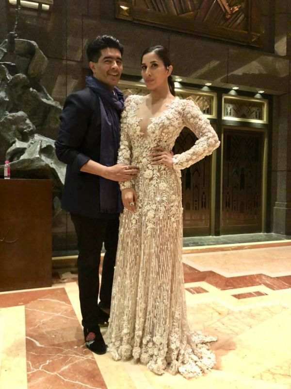 3 Manish malhotra  kareena kapoor khan  show  singapore  bollywood