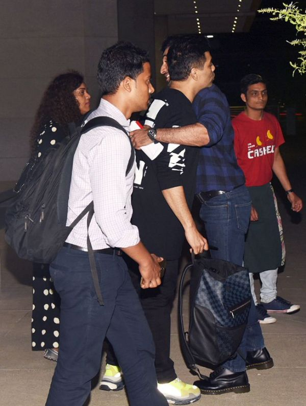 4. Ranbir Kapoor hugging Karan Johar after a dinner date