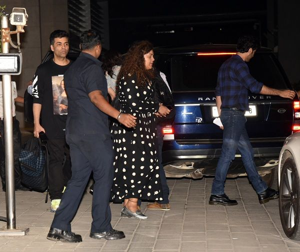 Alia and ranbir leaving from their dinner date with karan johar