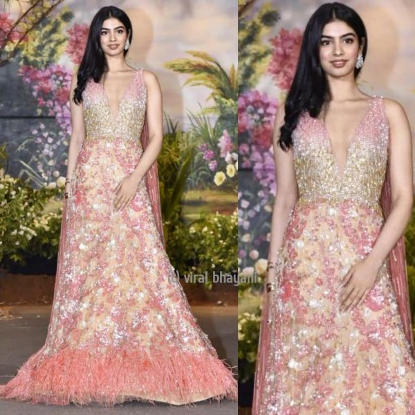 9 sonam kapoor wedding - khushi kapoor reception