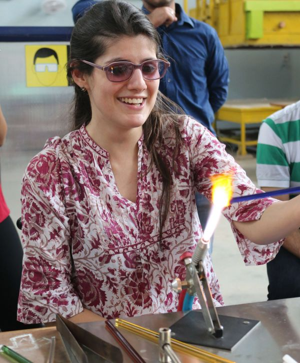 1 things to do in delhi - glass making %281%29