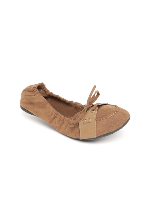 3. foldable ballet flats carlton london beige
