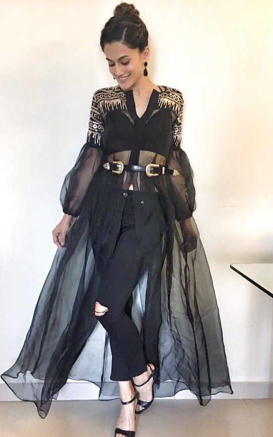 5 taapsee pannu ways to style black tights