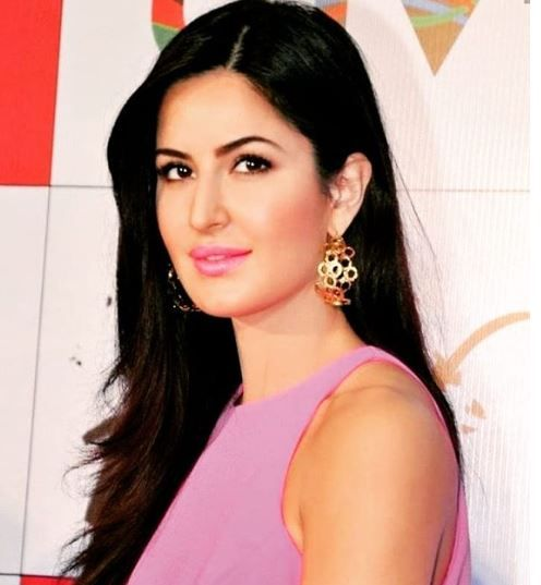 15 Bollywood Celebs And Their Educational Qualification ...