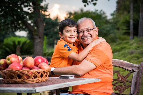 3 Importance of Grandparents Having A Family Picnic