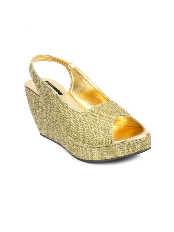6 kasautii zindagii kay 2 - Women Gold-Toned Embellished Wedges