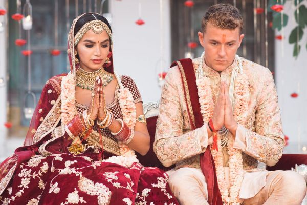 Diipa-Khosla-virtual-wedding-main-day-couple-pooja-phera