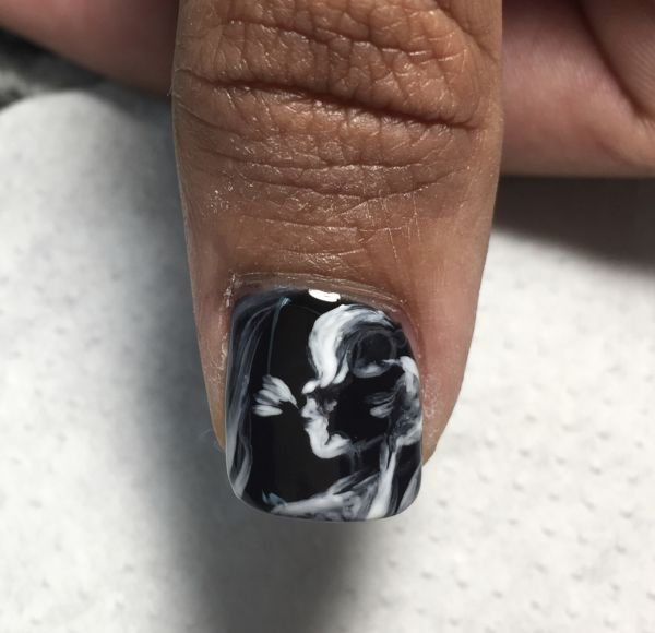 Ultrasound nails on thumb