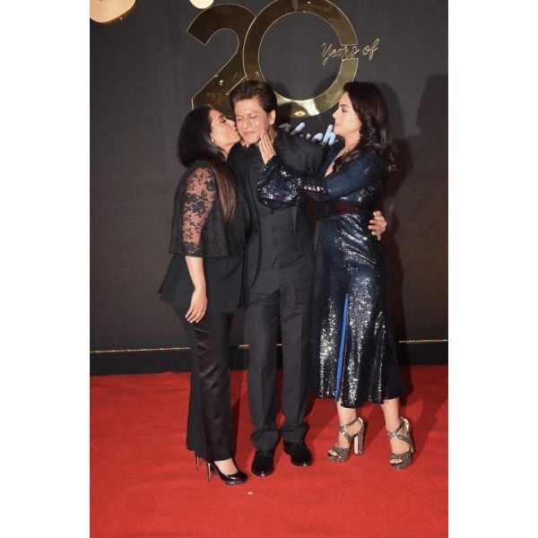 3-shahrukh-kajol-rani-all-black-outfits-kkhh