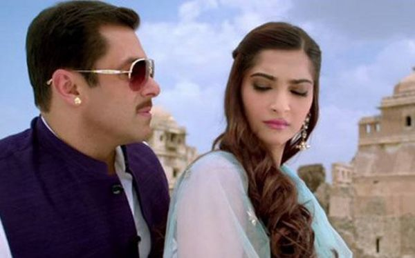 Thoughts I had While Watching Prem Ratan Dhan Payo- Angry sonam