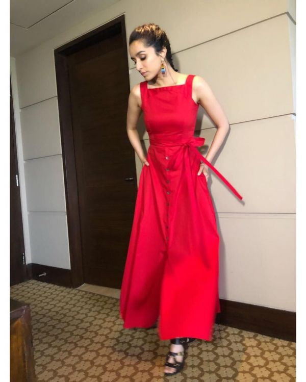 shradhha-kapoor-red-colours-that-look-good-on-everyone