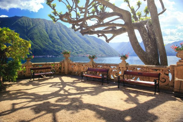 DeepVeer Wedding Venue- All You Need To Know About Lake Comoerstock 783361627 %281%29