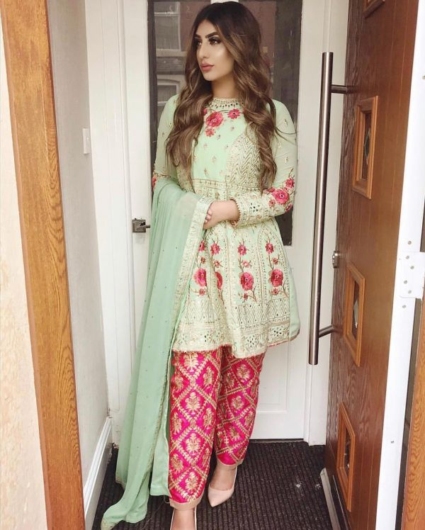 2-embroidery-on-embroidery-party-punjabi-suit-designs