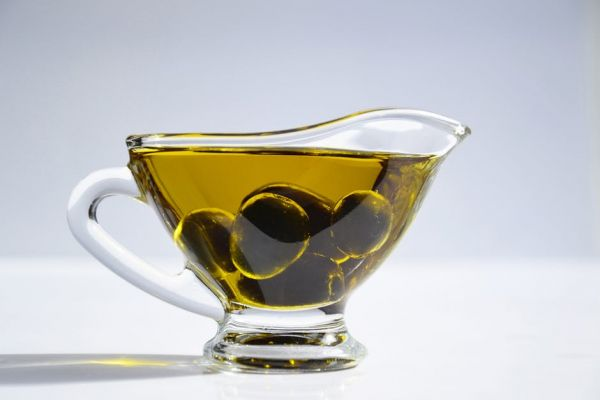 Olive oil- olive oil in a cup