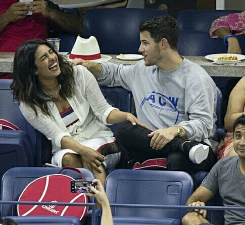 3-NickYanka-Candid-Pics-nick-making-priyanka-laugh