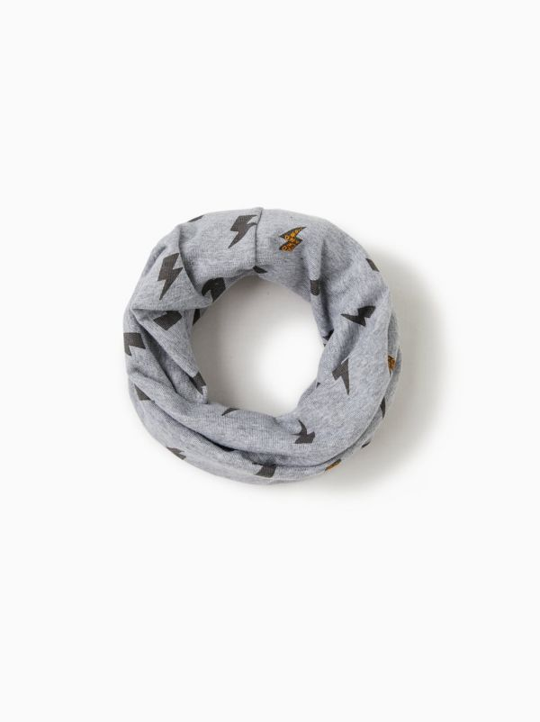 2-zara-infinity-scarves-winter-accessories