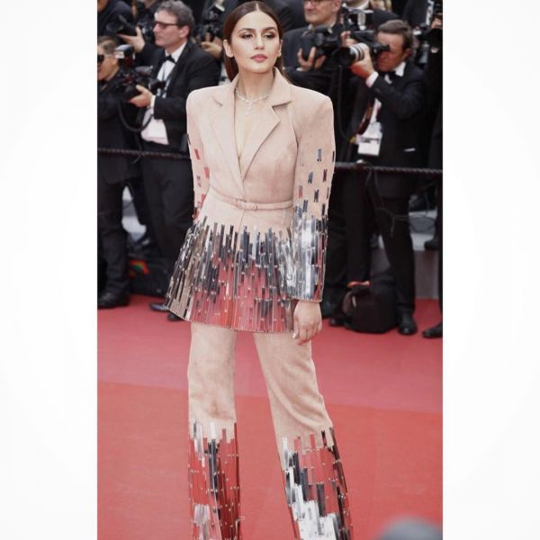 2-Fashion- Roundup-10-Celeb-Faux-Pas-You-Will-Never-Want-To-See-Again