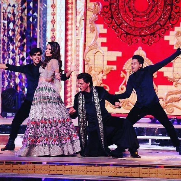 1-Cost-of-Ambani-sangeet-performances-Shah-Rukh-Gauri