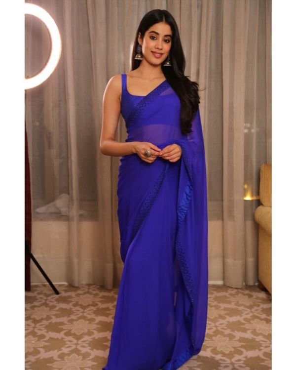 2-janhvi-kapoor-purple-saree-latest-look