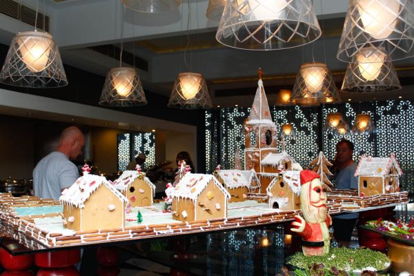 13-Best-christmas-brunch-The-park-hyderabad