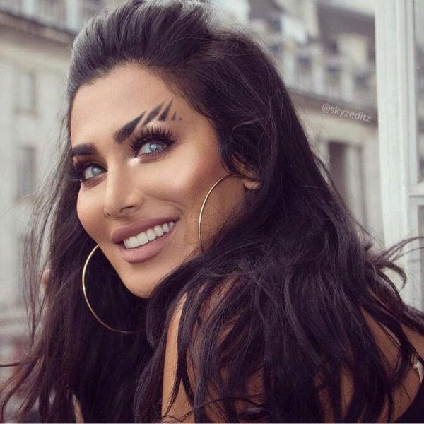 weird beauty trends from 2018 - tiger brows