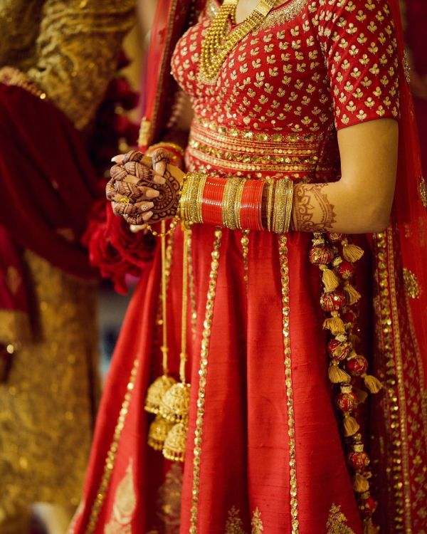 bridal-chura-designs