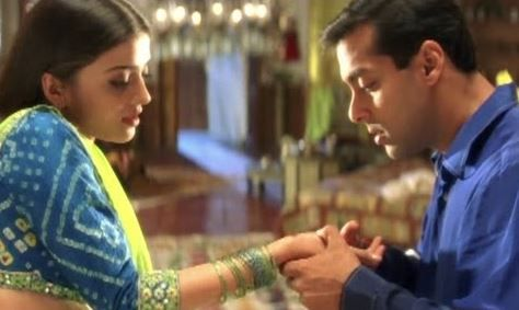 110 Ultimate Bollywood Dialogues That Will Excite The Inner Filmy In You- Hum Dil De Chuke Sanam