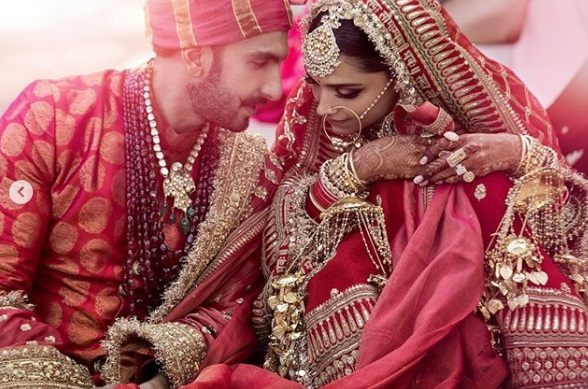 07-All-the-outfits-Sabyasachi-designed-for-Celeb-Weddings-in-2018