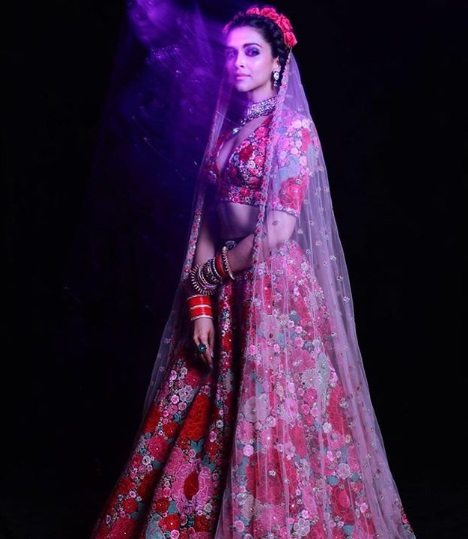 10-All-the-outfits-Sabyasachi-designed-for-Celeb-Weddings-in-2018