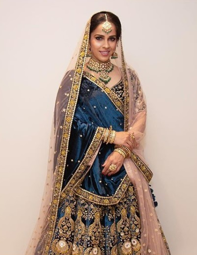 14-All-the-outfits-Sabyasachi-designed-for-Celeb-Weddings-in-2018