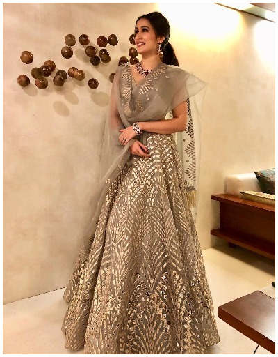 grey-lehenga-fashion-trend